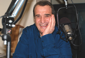 Joey Reynolds microphone