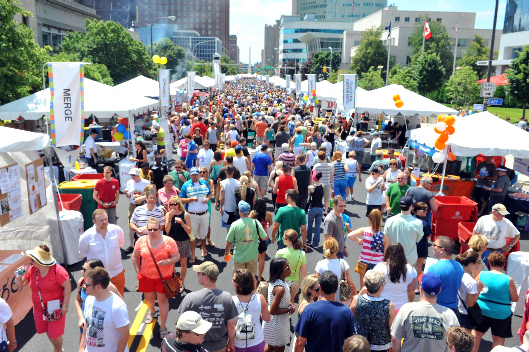 Taste of Buffalo Crowds